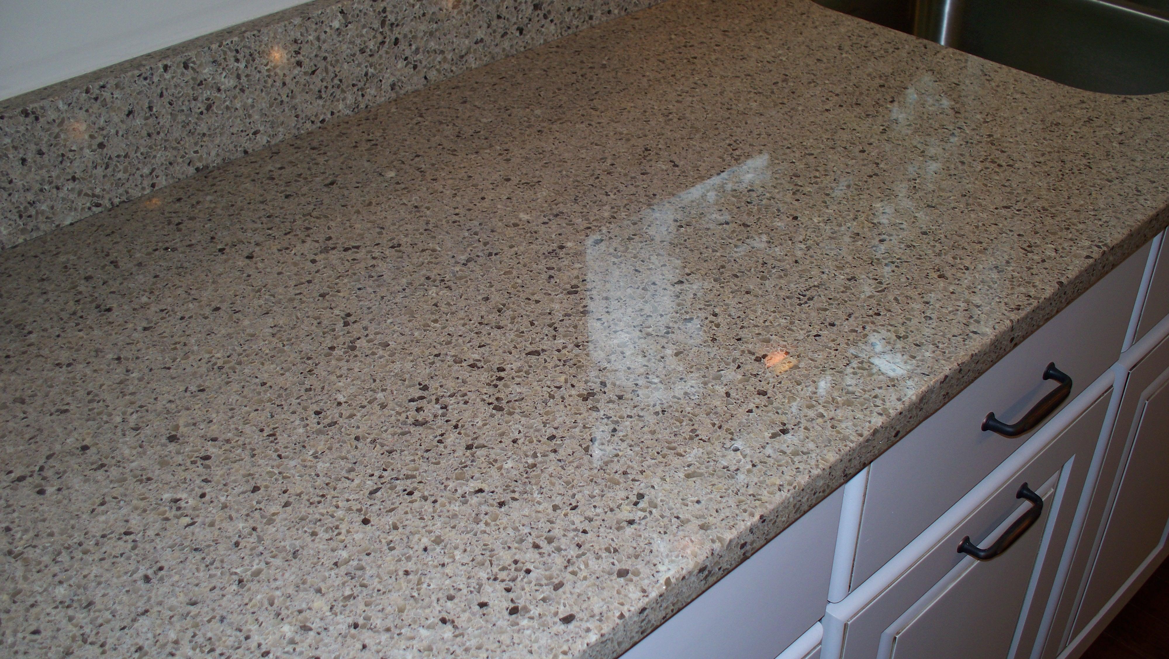 Quartz countertop seam repair kalamazoo mi granite m d for Seamless quartz countertops